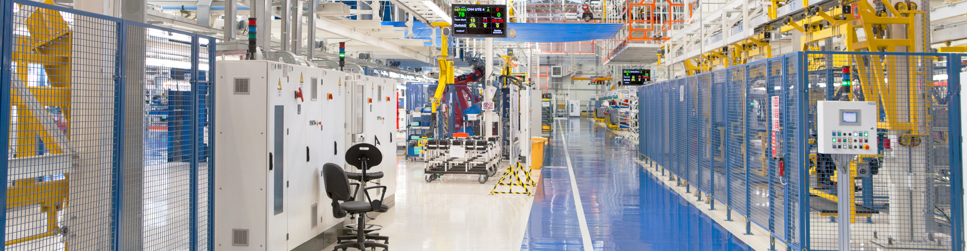 Großserien von Batteriepacks werden in industriell in Frabriken hergestellt.